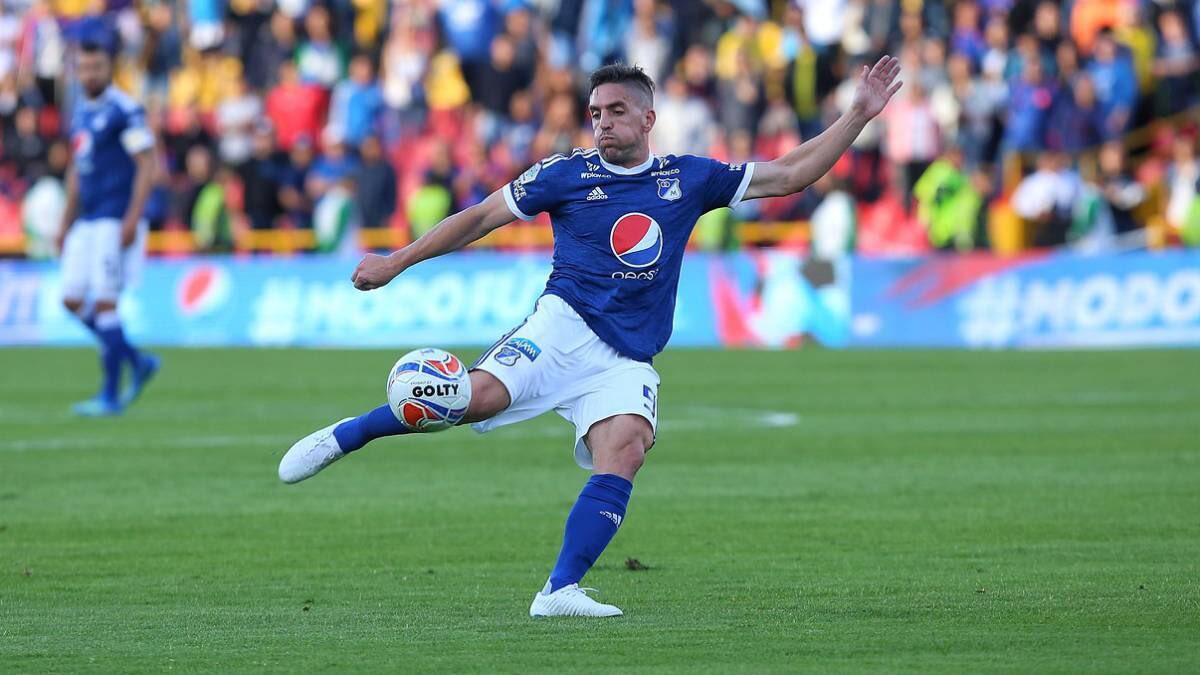 Gabriel Hauche buen debut con gol